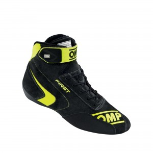 buty OMP FIRST (FIA 8856-2018)